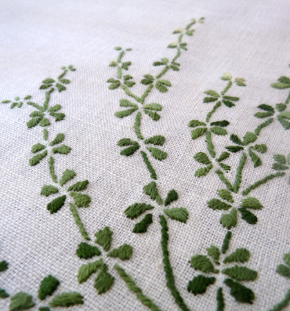 galium embroidery detail 3