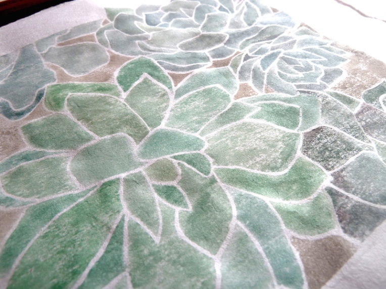 white line print - succulent 1