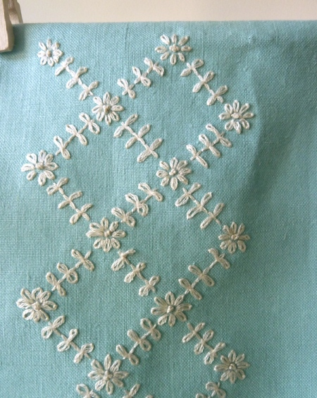 lattice embroidery