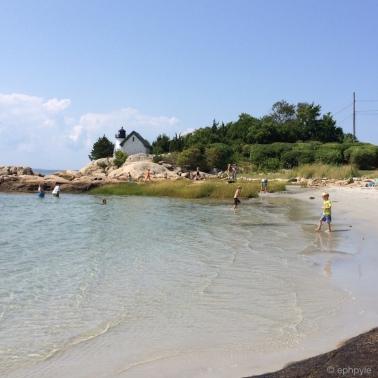 annisquam beach scene ephpyle