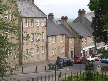 streets of Stirling... uphill to the castle!